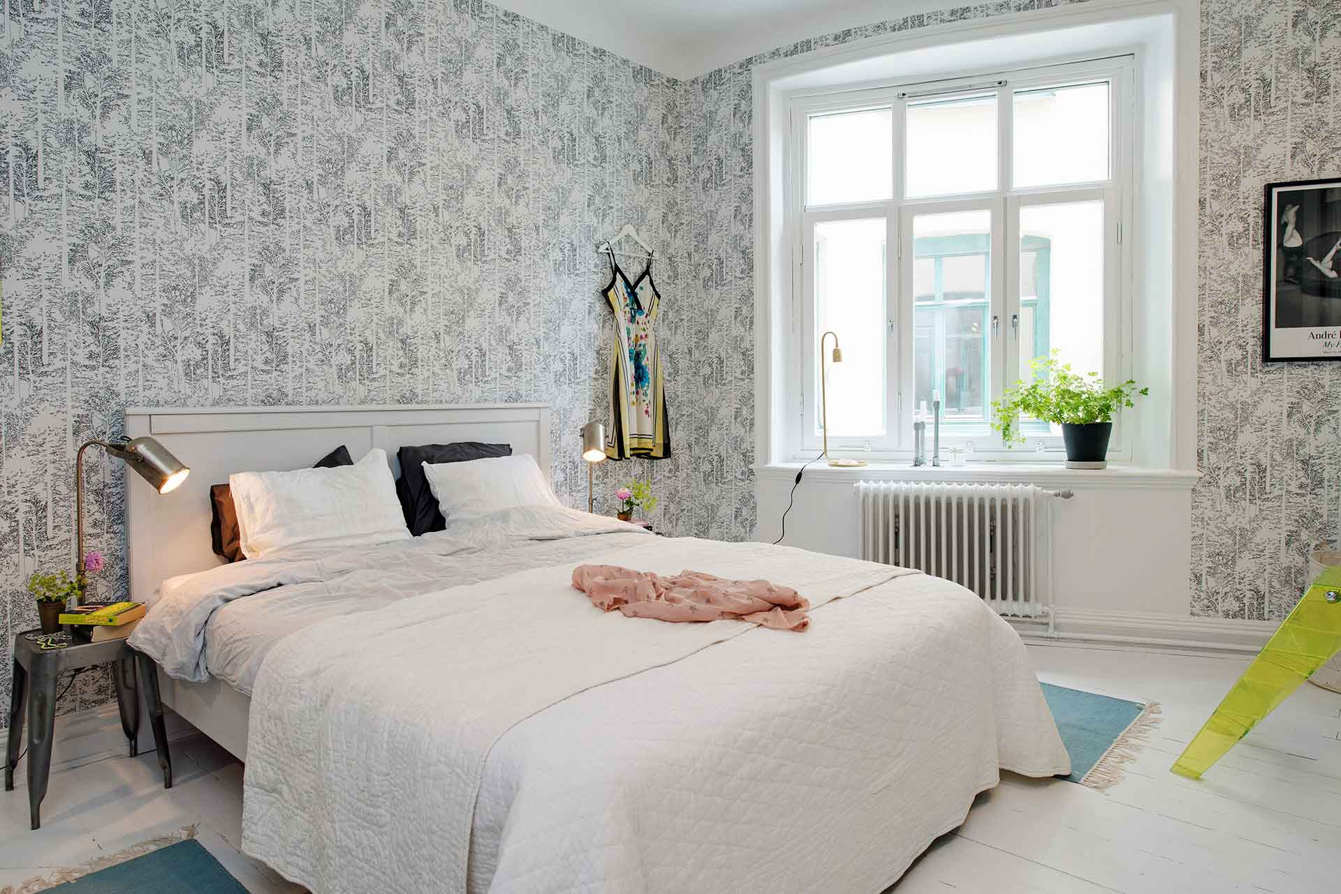 Scandinavian style bedroom design