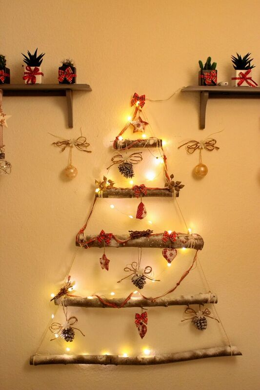 diy christmas tree - Cheap Christmas Decorations