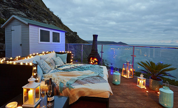 Comfy day bed with a view