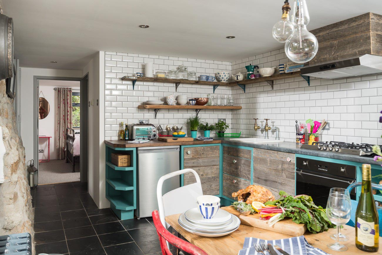 Stylish country cottage - kitchen