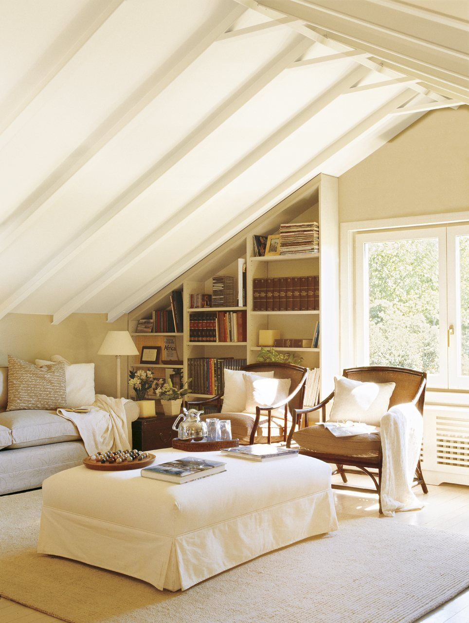 30 attic living room ideas adorable home for Attic room