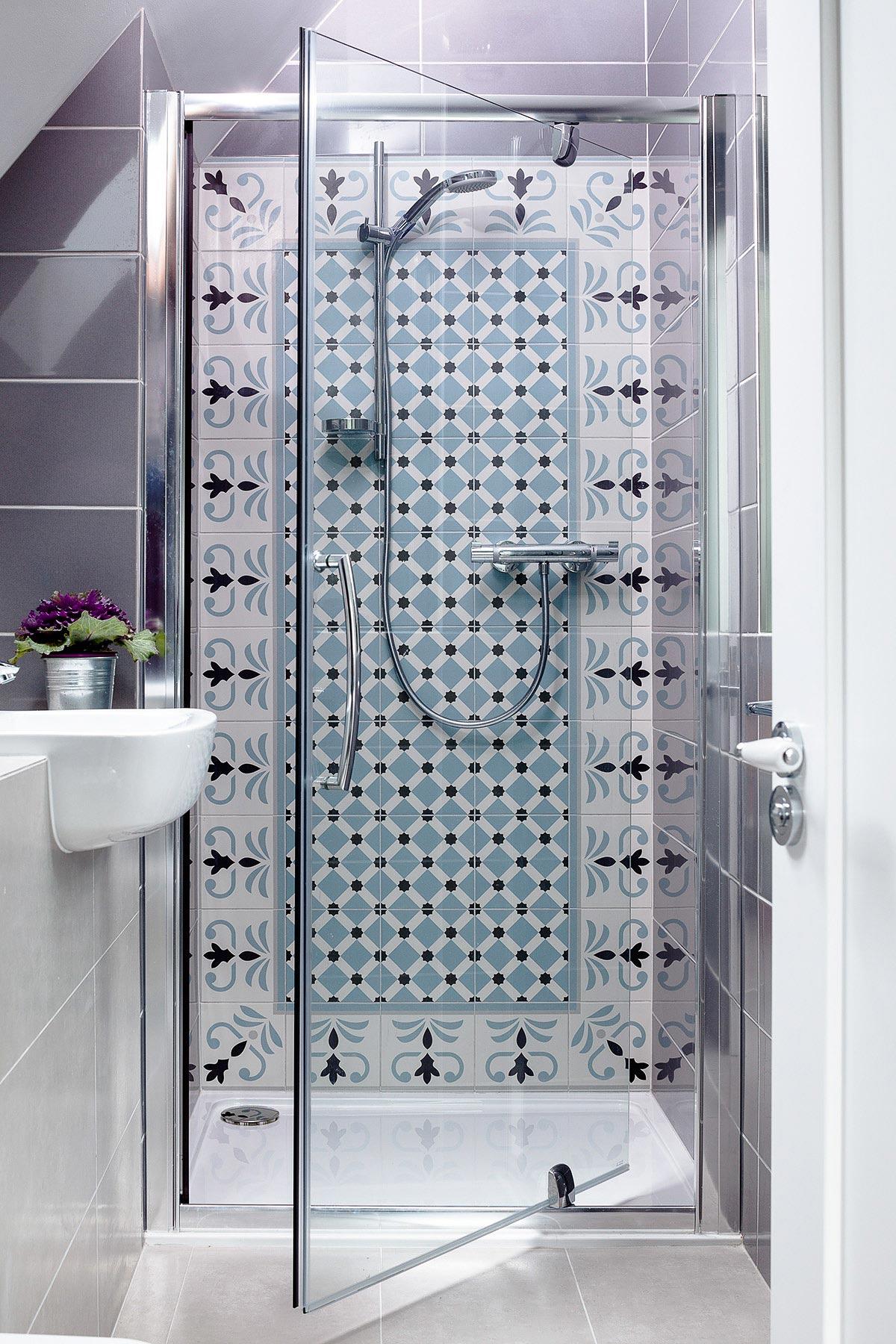 Dream-Cottage-Renovation-Bathroom