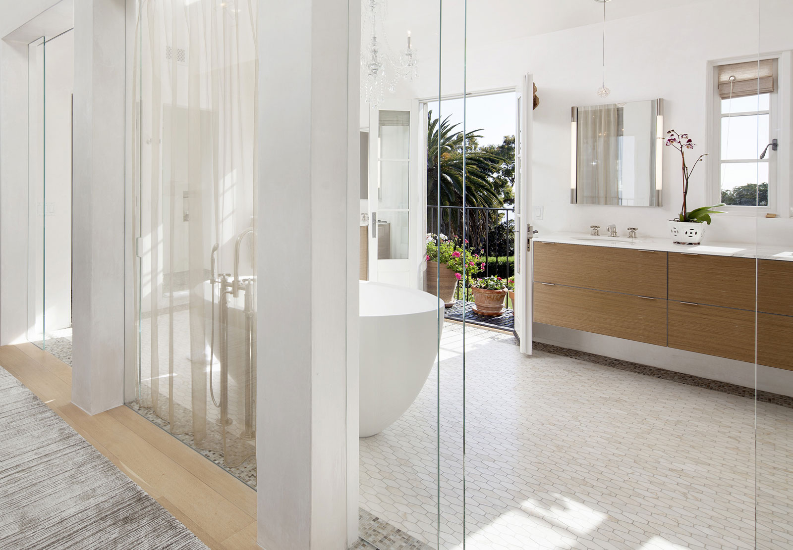 Spacious white bathroom