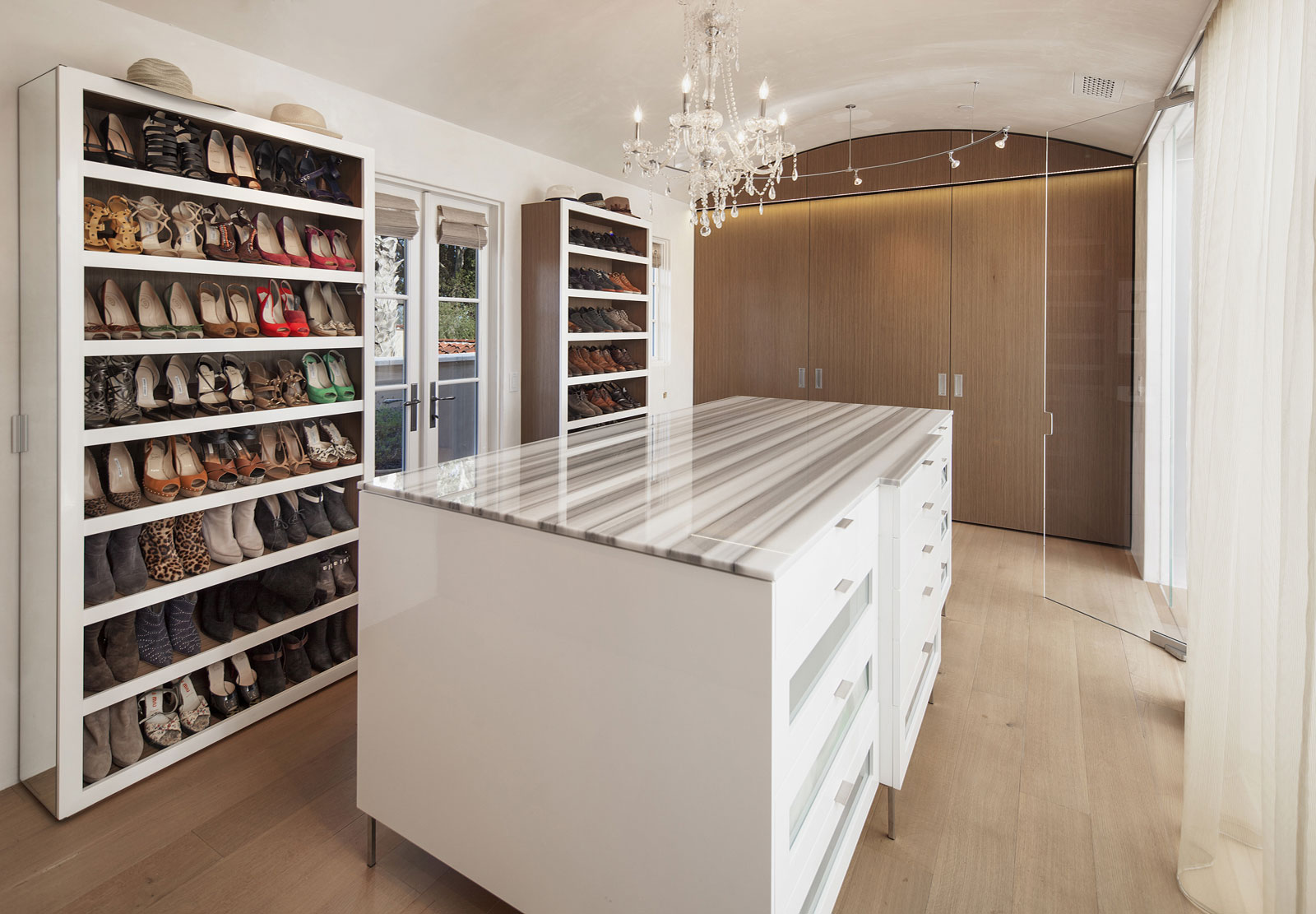 Spacious modern closet
