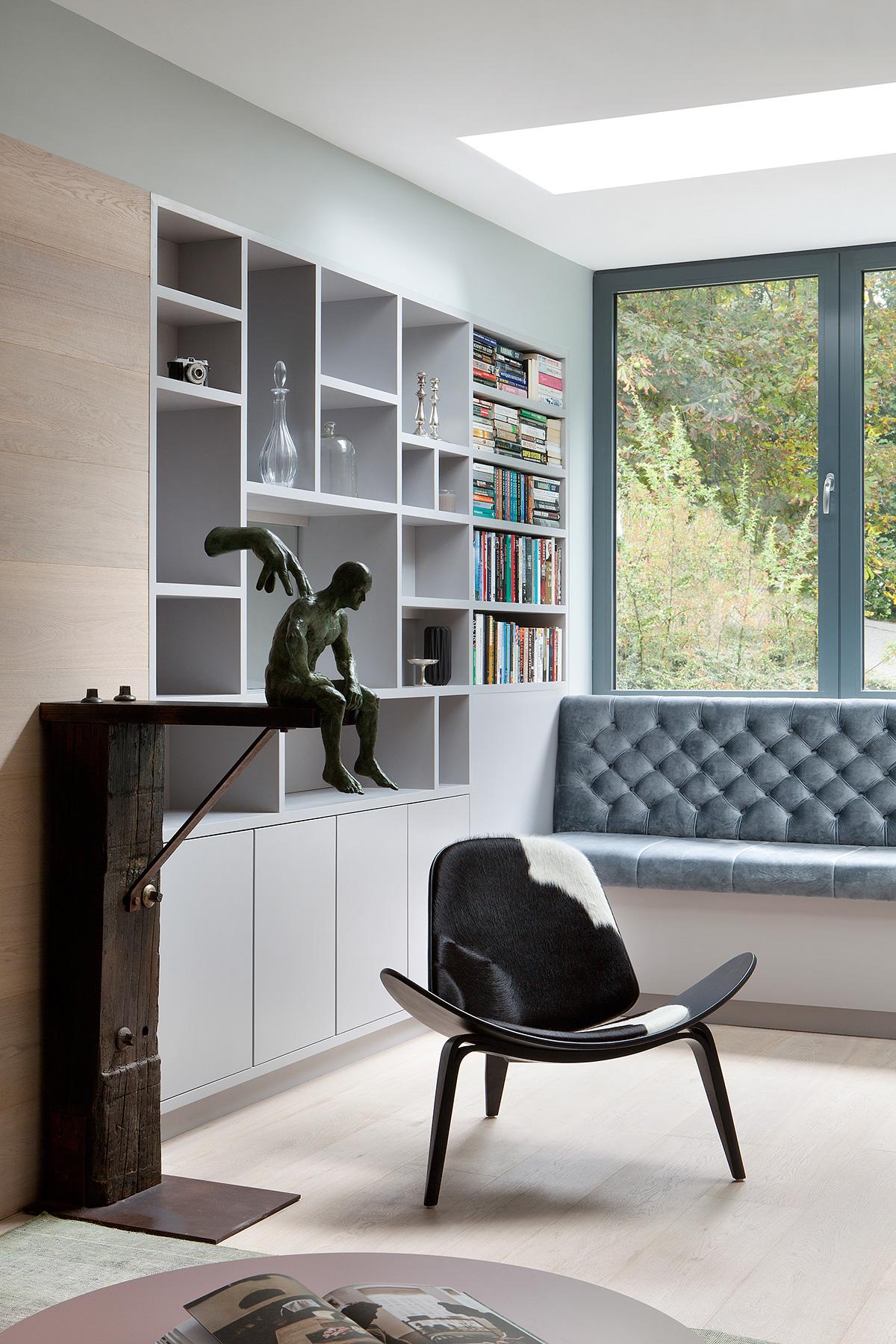 Reading nook in the Ballsbridge Residence