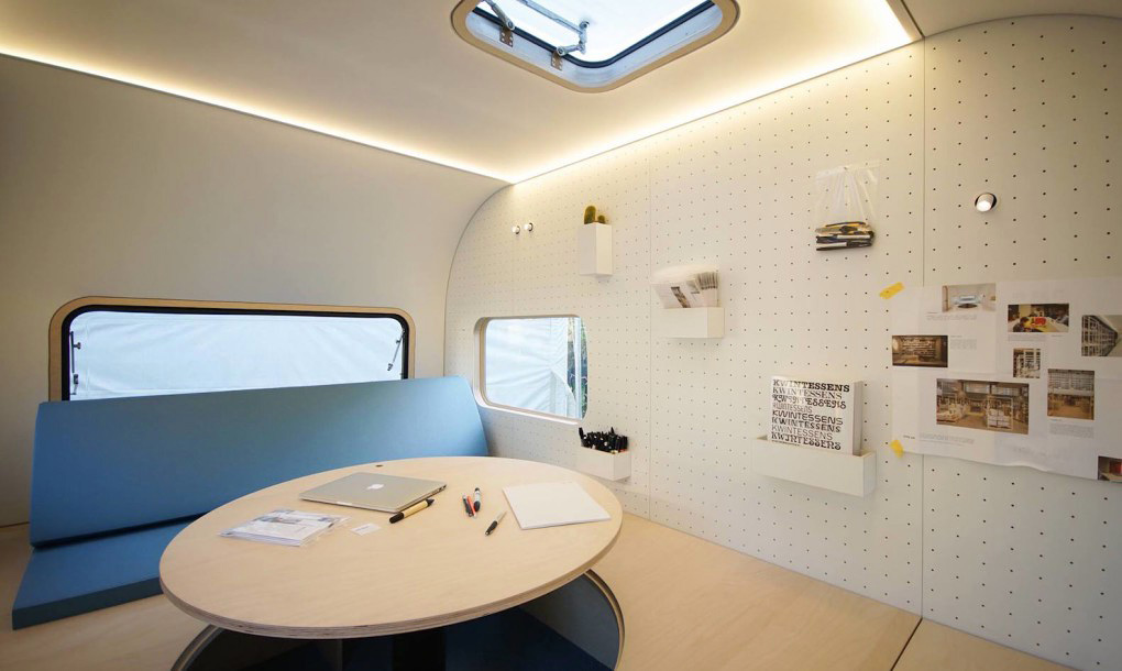 Camper Office - the interior