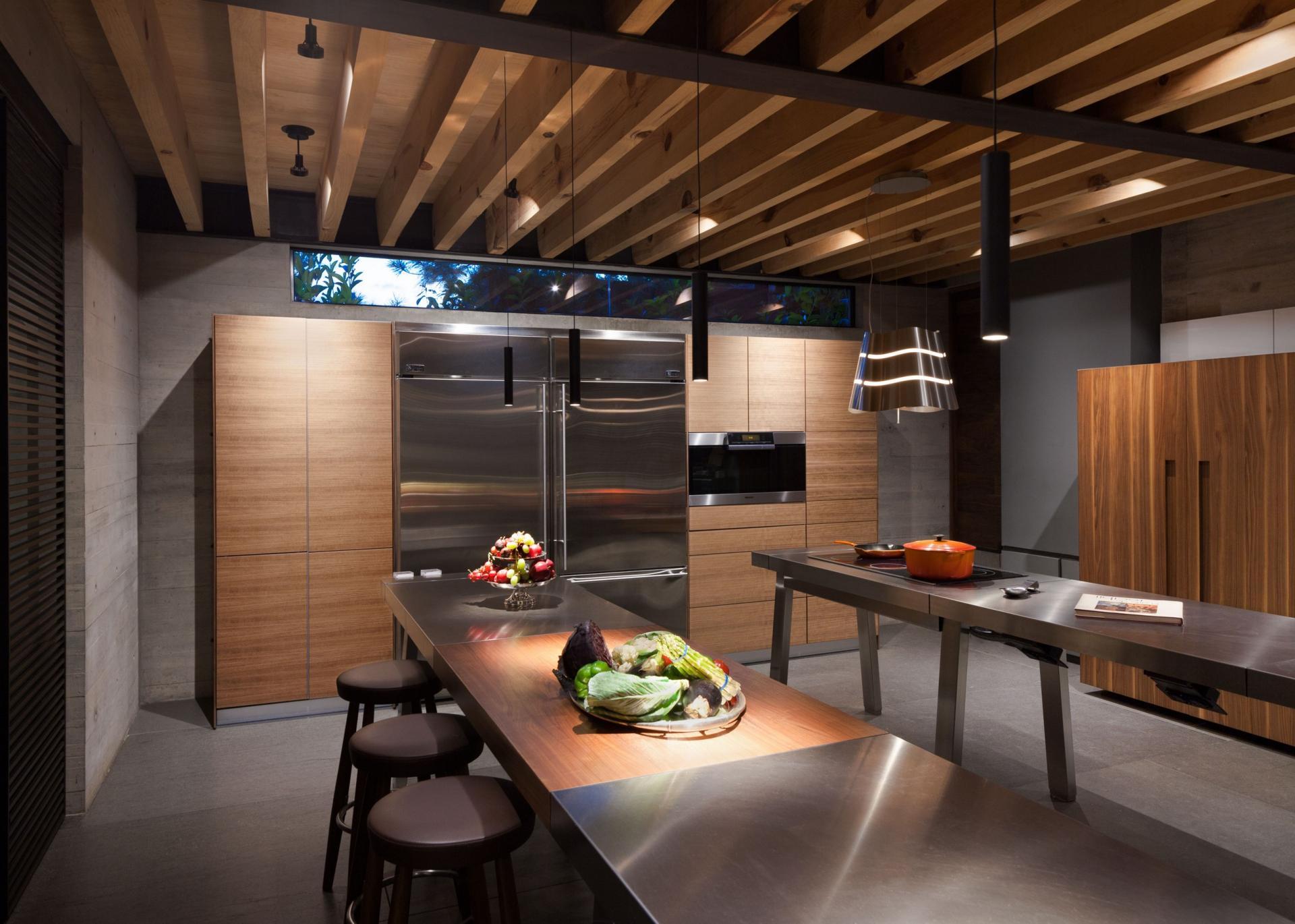 Casa Tepozcuautla - kitchen and bar
