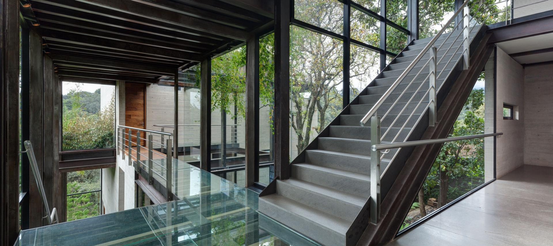 Casa Tepozcuautla - internal staircase between the levels