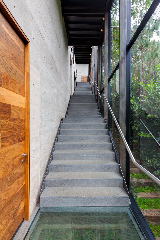 Casa Tepozcuautla - internal staircase