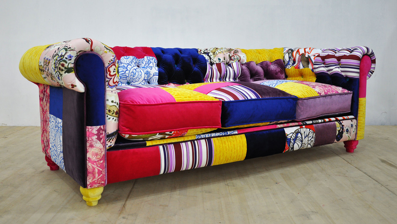 Colorful-Chesterfield-Patchwork-Sofa