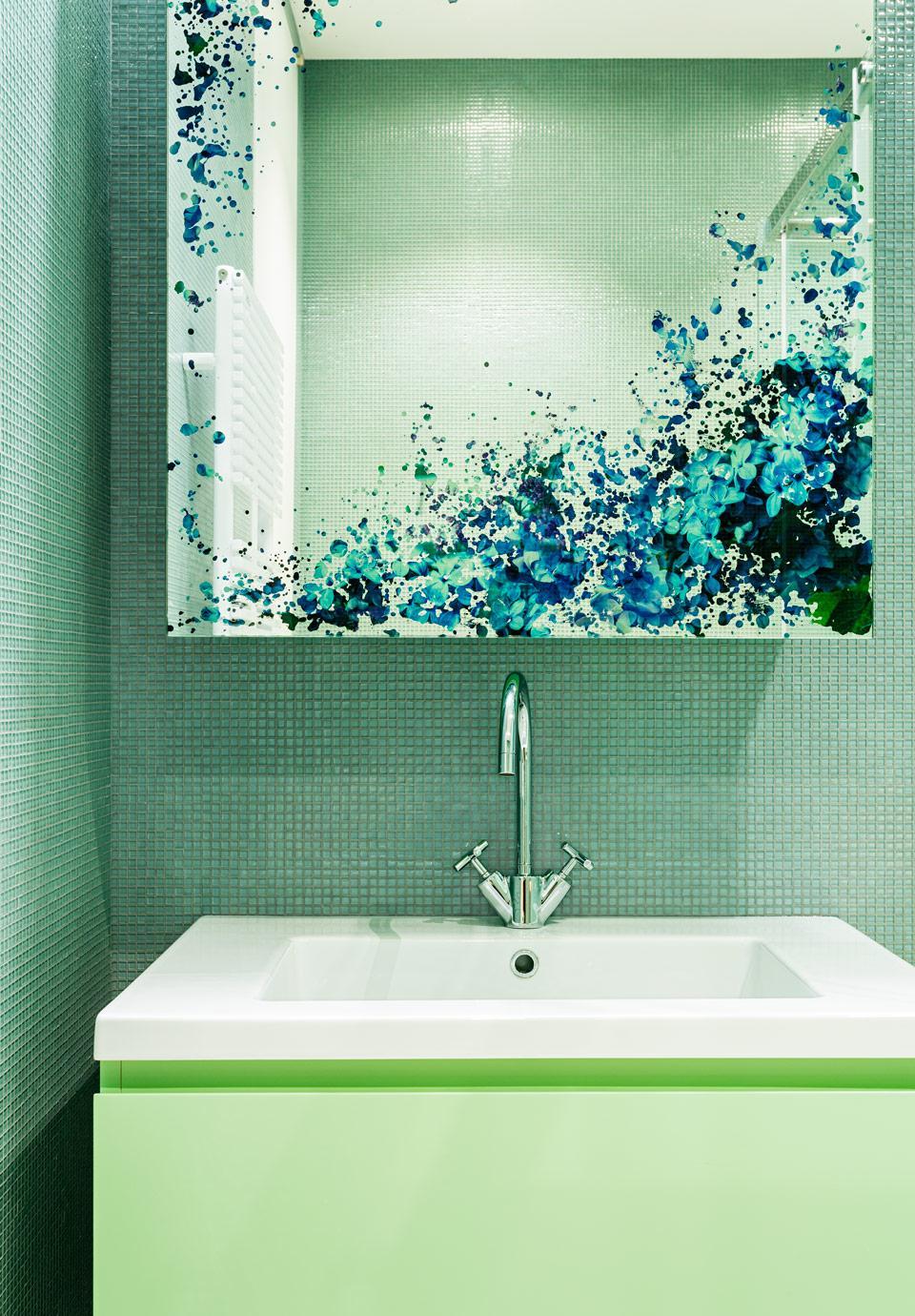 KNOF Design-Green Bathroom