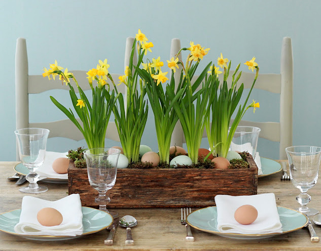 Fresh and Cheerful Easter Table Settings and Centerpieces - Adorable ...