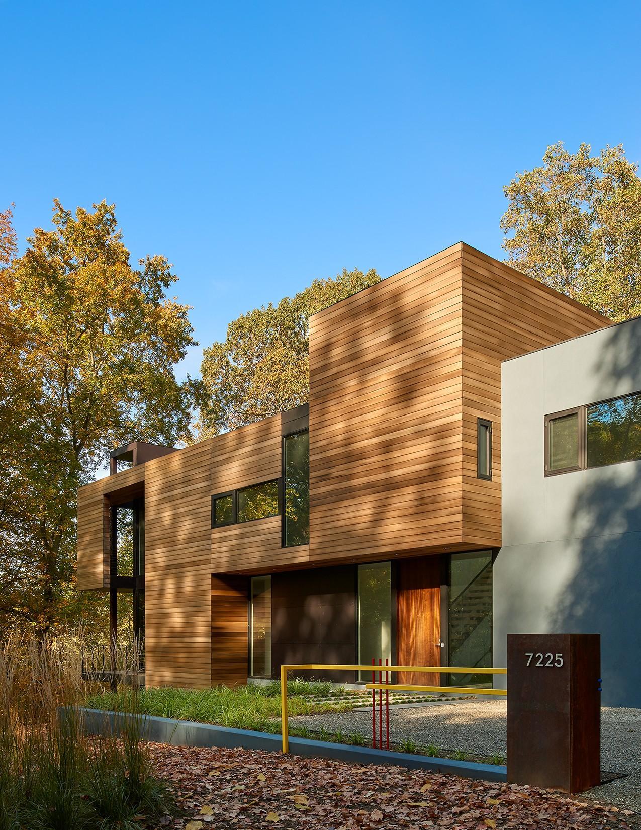 Stein Residence-frontyard