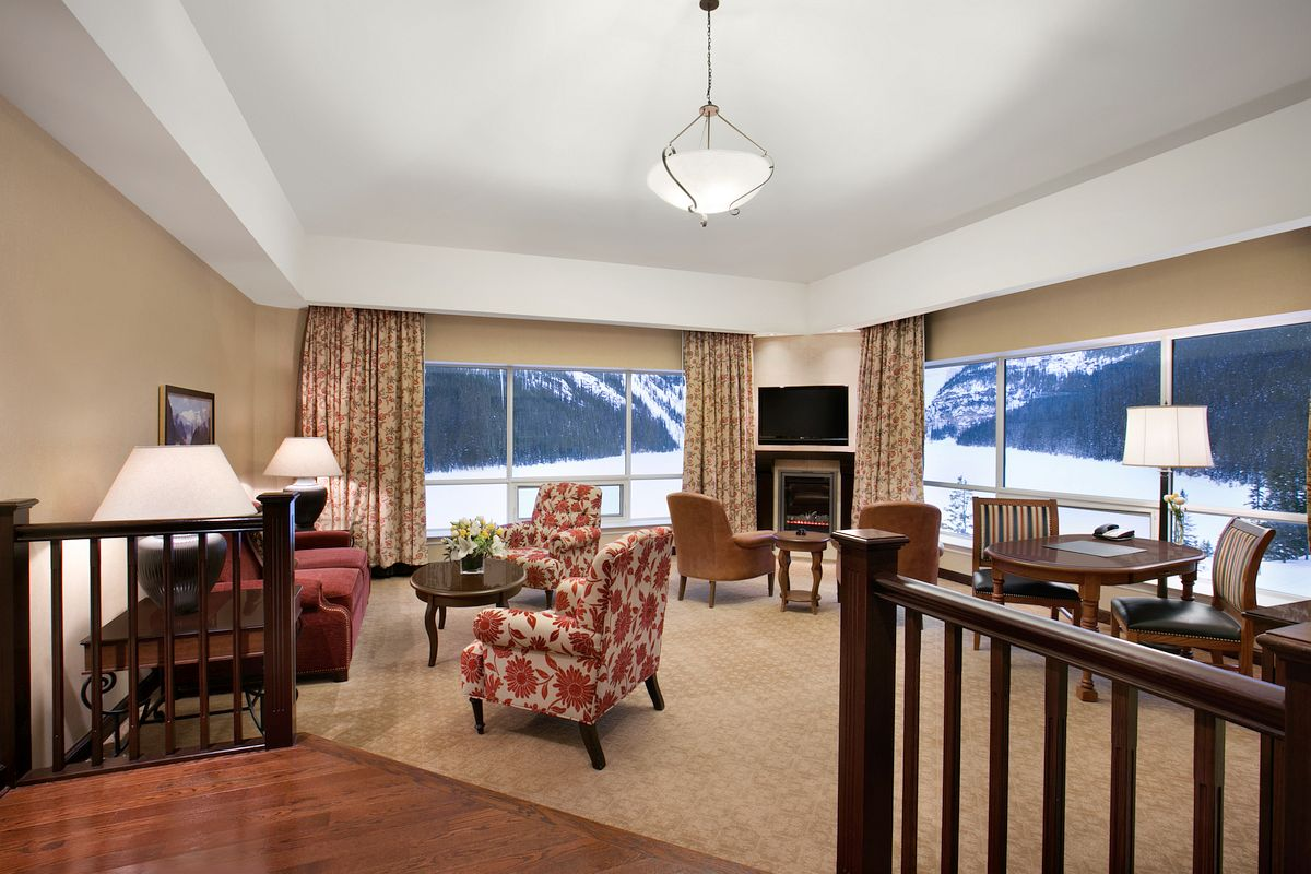 Suite in Fairmont Chateau on Lake Louise