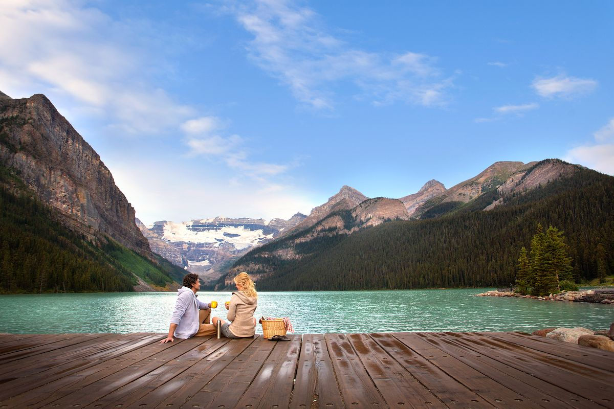 Picnic at Fairmont Chateau on Lake Louise