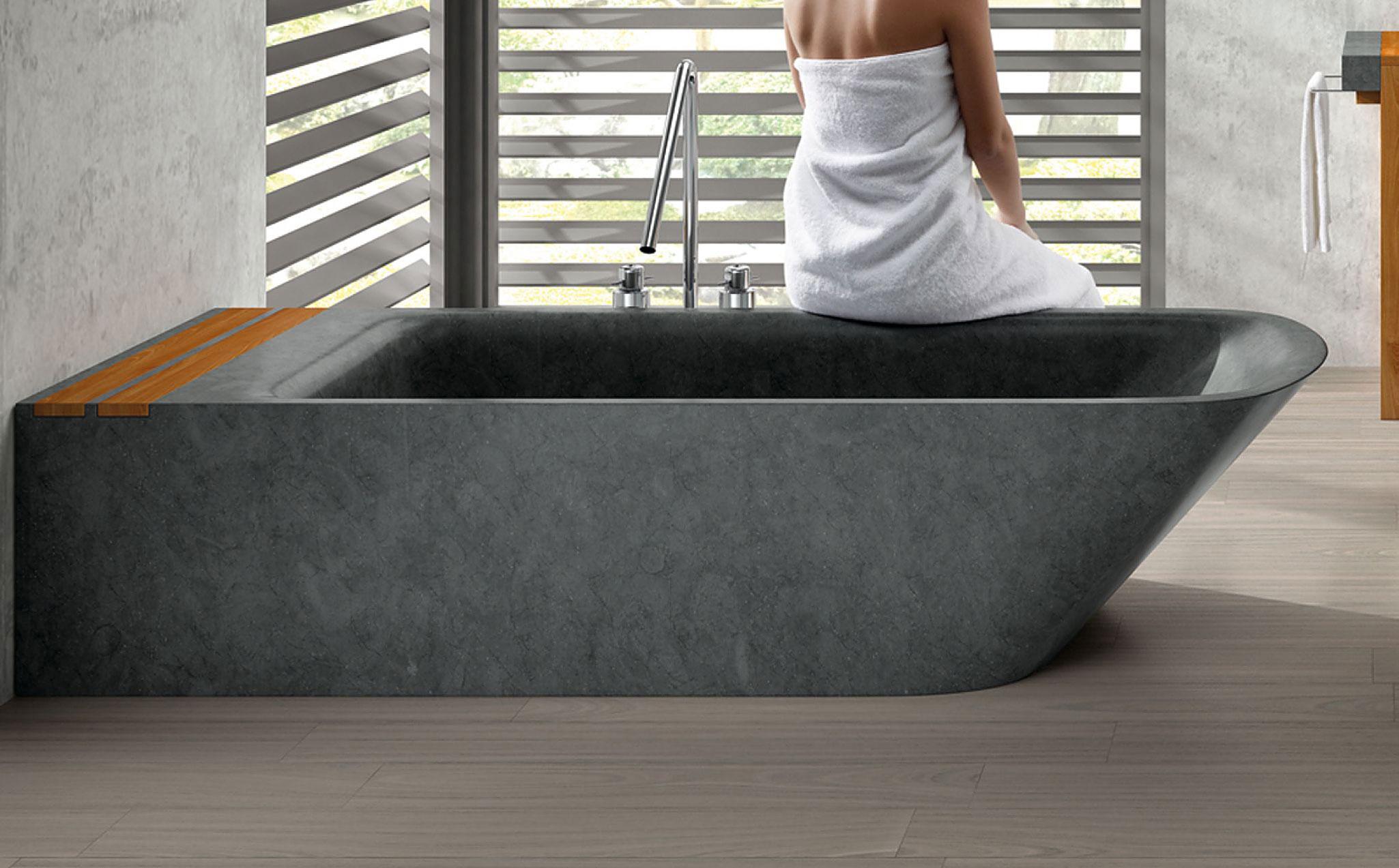 Simi Bathtub