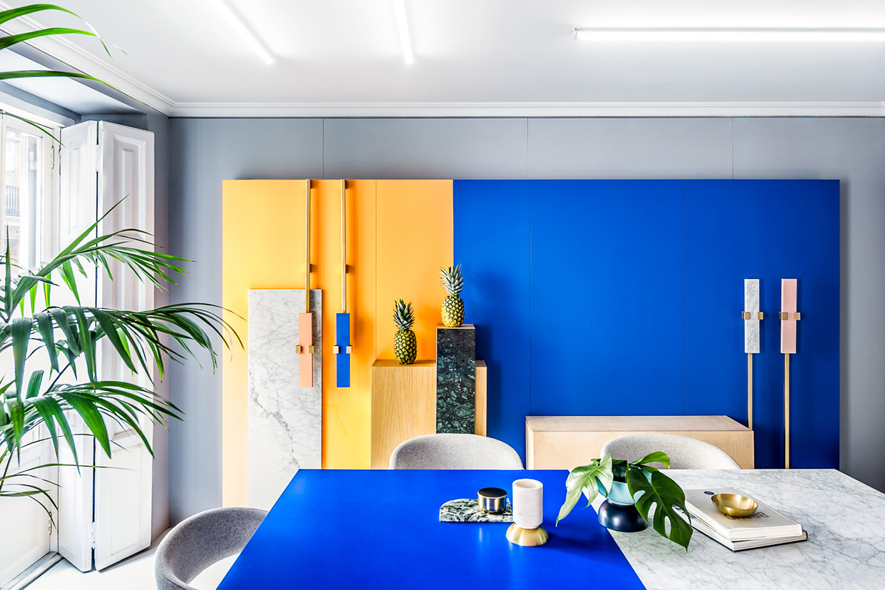 Work meets fun a colorful office space adorable home for Office design blue