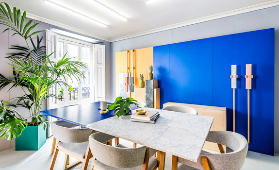 Work Meets Fun: A Colorful Office Space