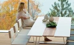 Extrados: A Modular Dining Table