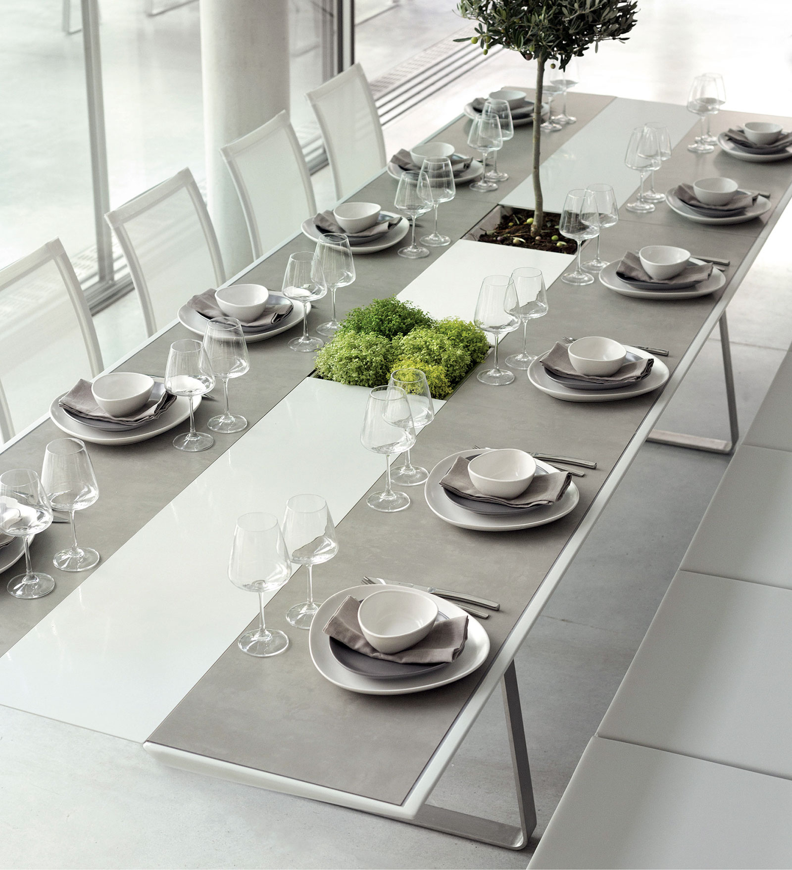 12 seater dining table