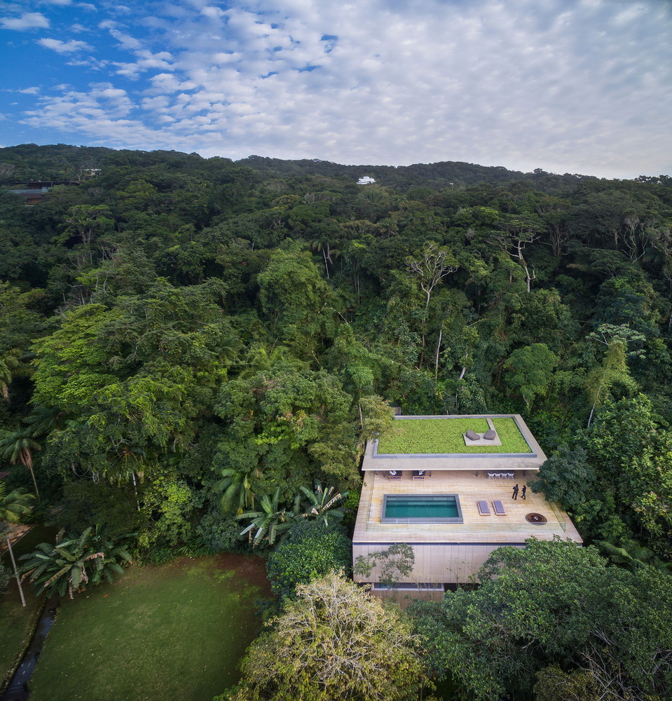 Modern house in the jungle