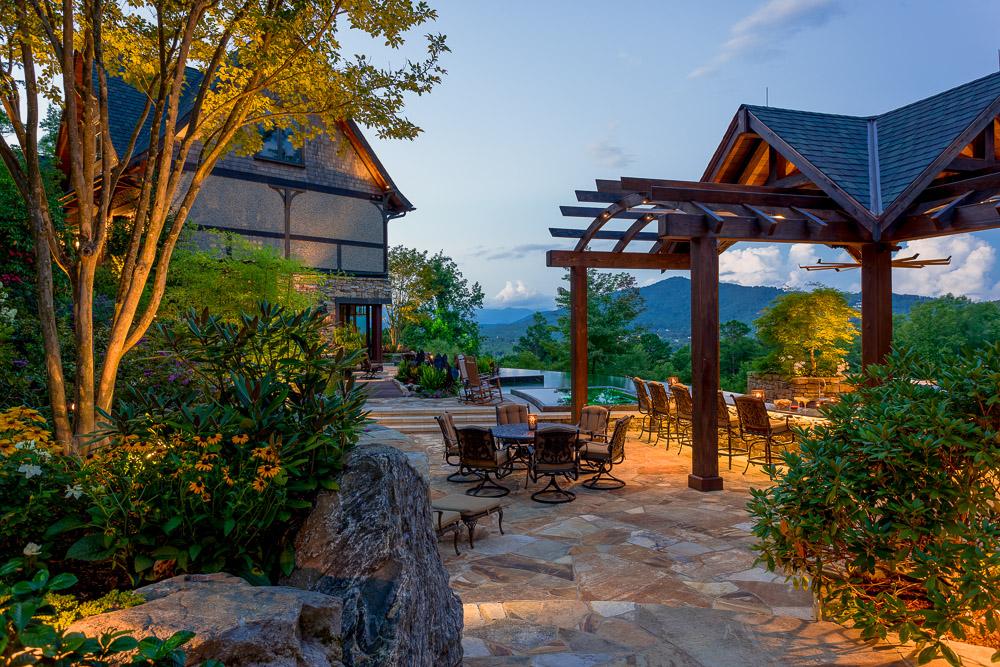 A warm luxury rustic retreat in north carolina adorable for Rustic retreat
