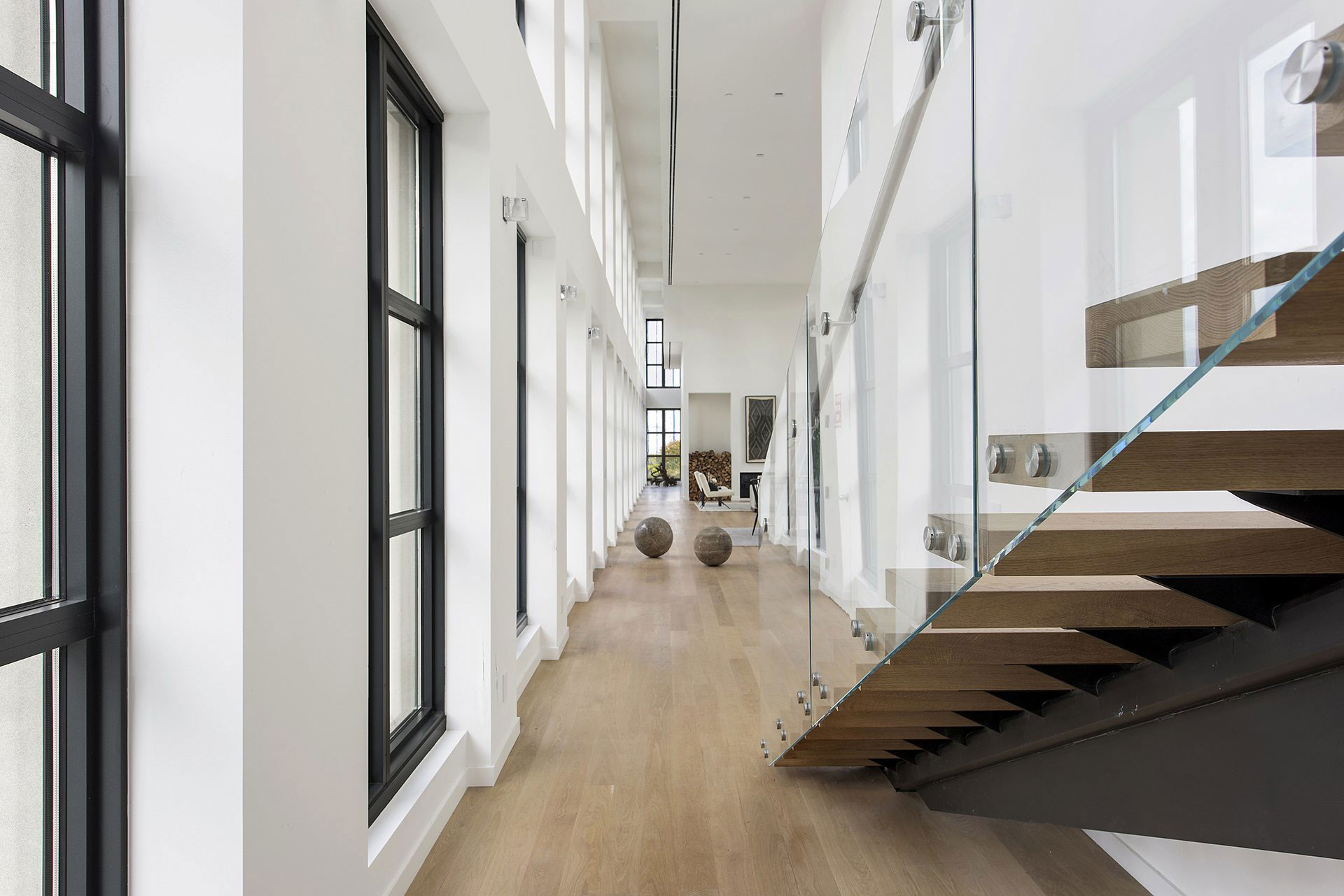 Long naroow corridor with high ceiling