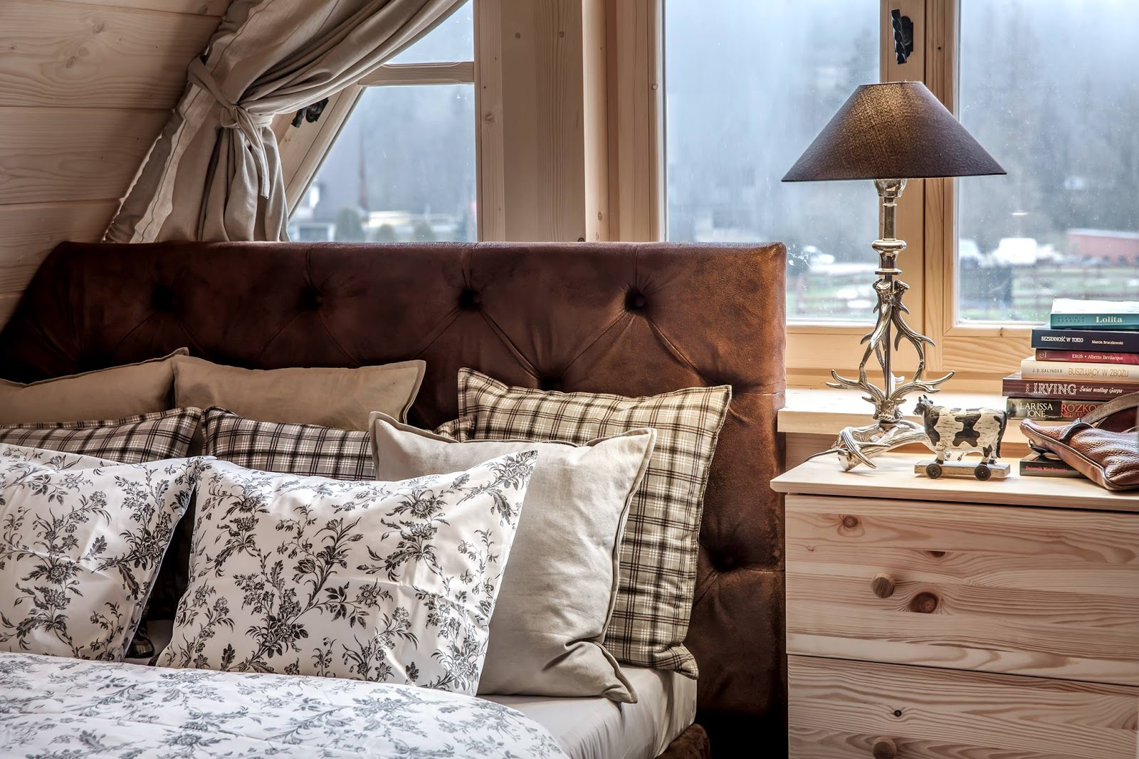 Cozy bedroom with cottage feel