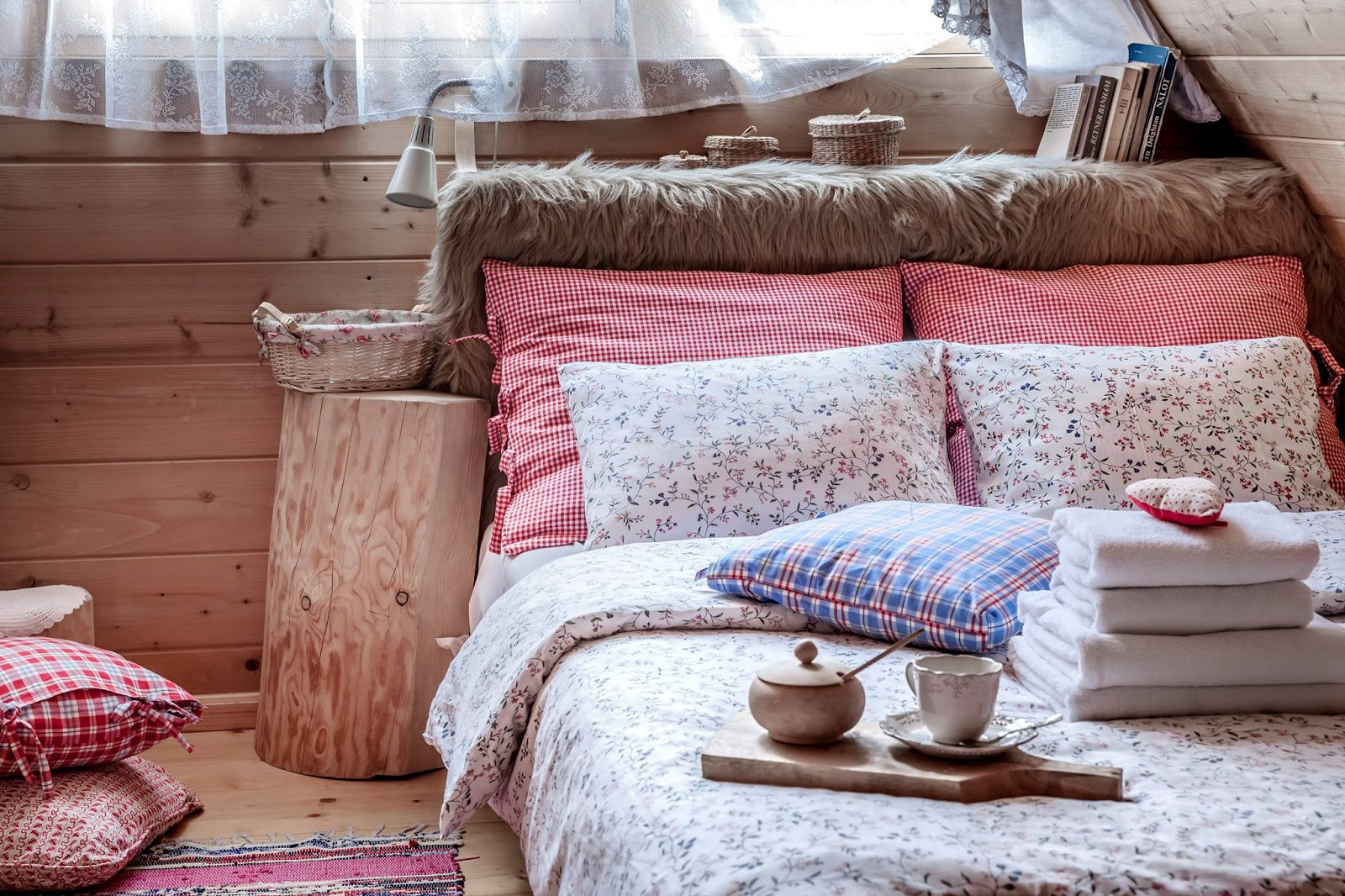 Cute country bedroom decor