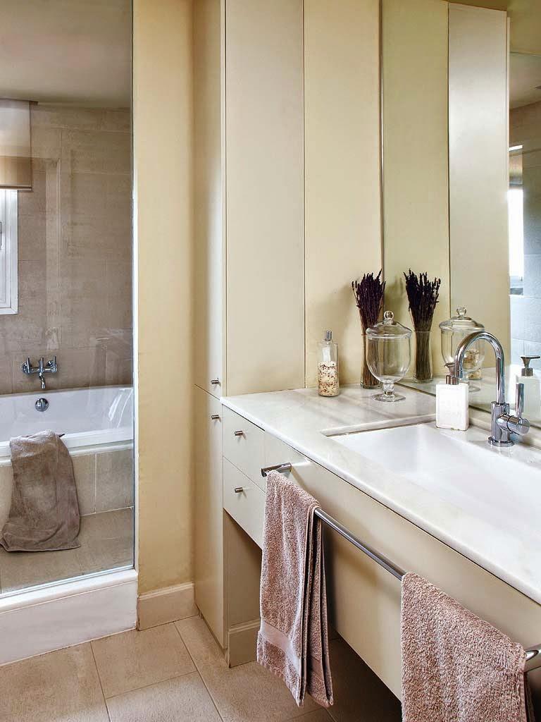 Bathroom in a vintage apartment