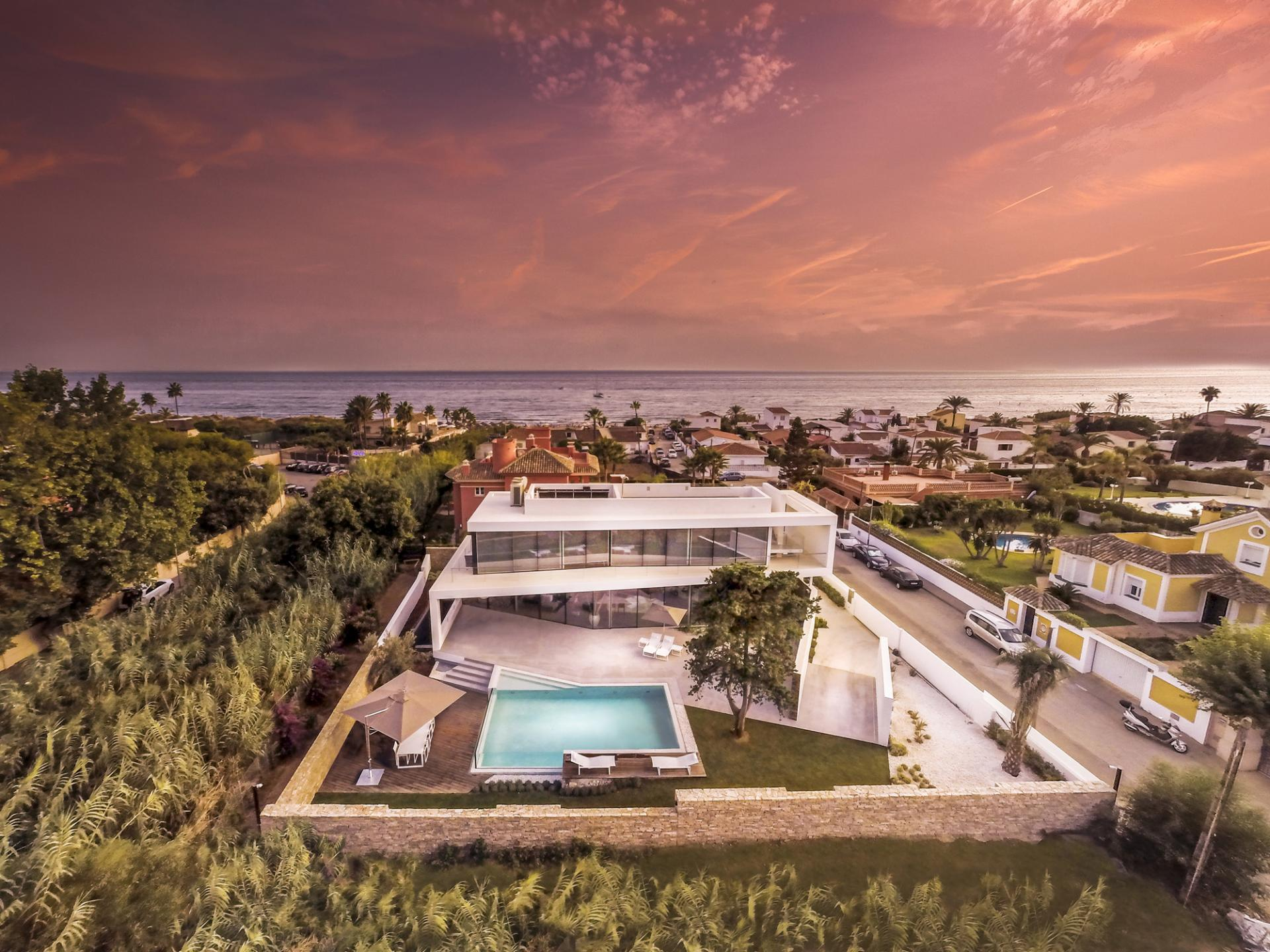Modern Holiday Villa in Spain