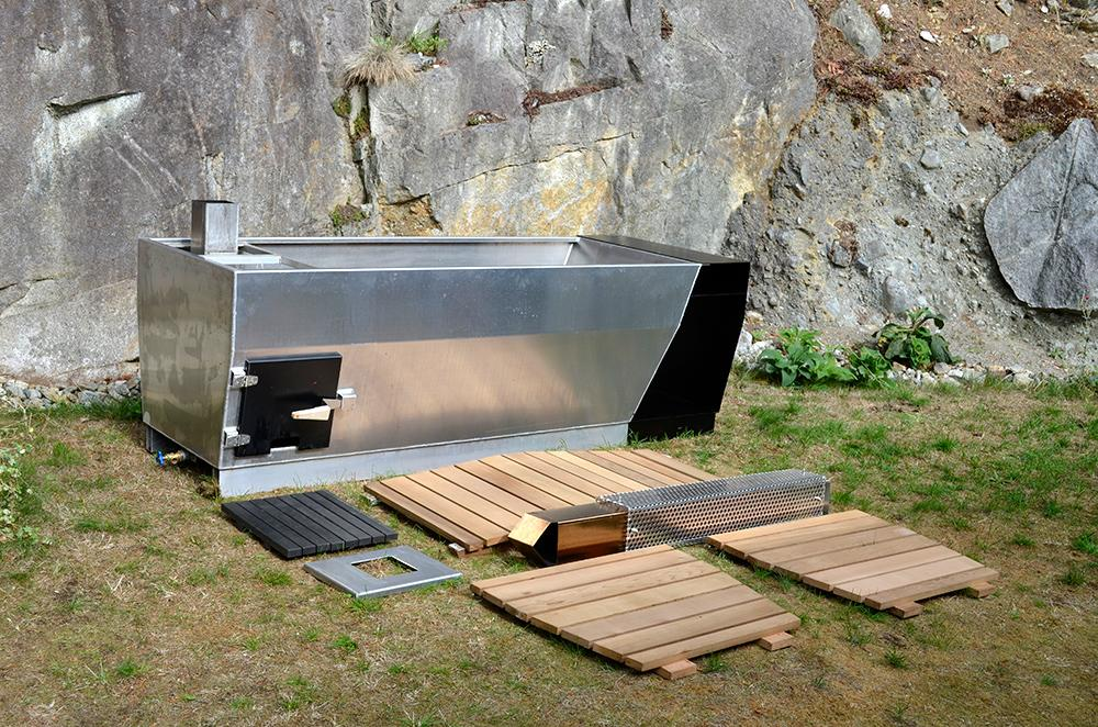 Aluminium hot tub