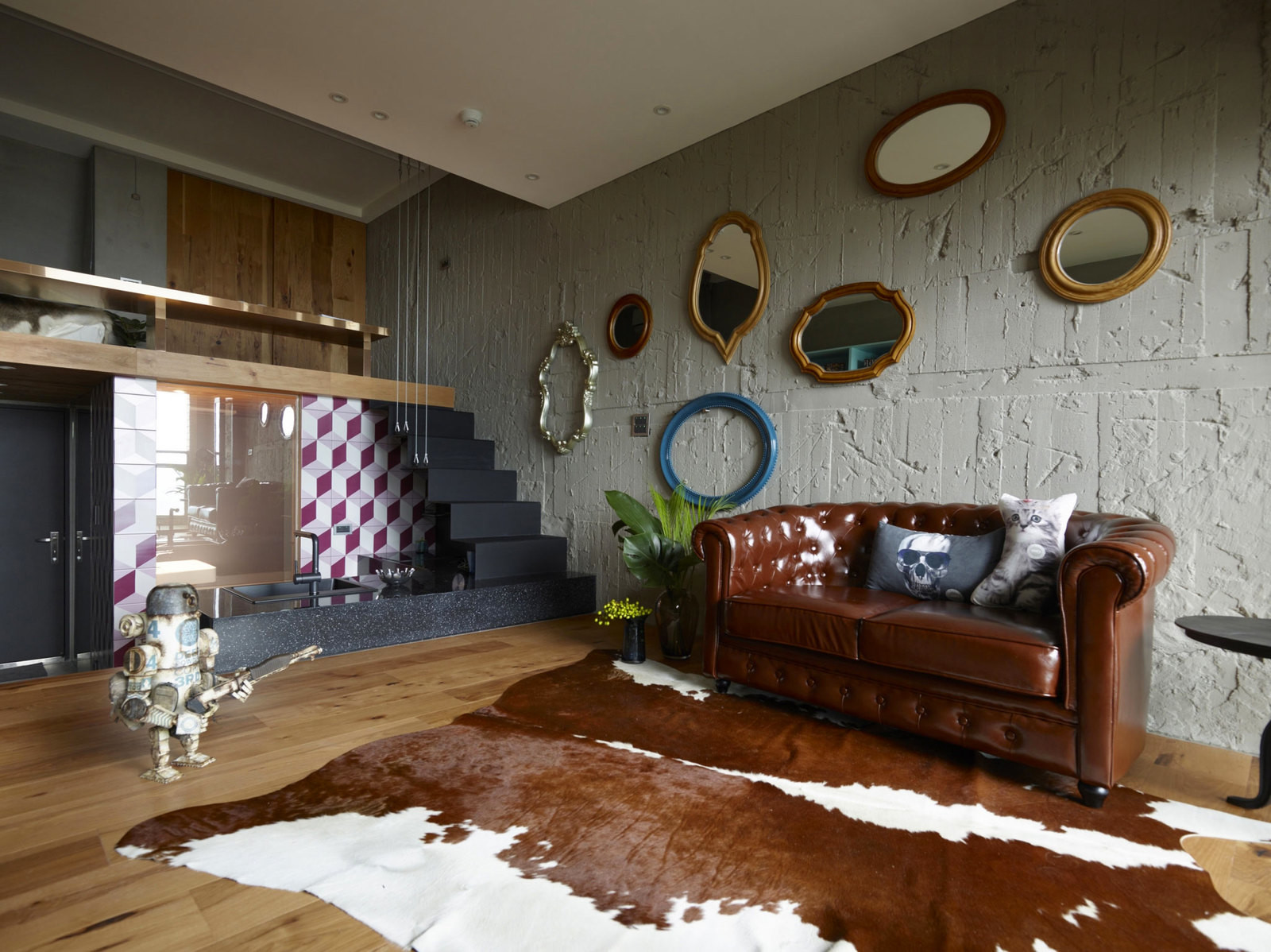 Eclectic Interior For Eclectic People Adorable Home