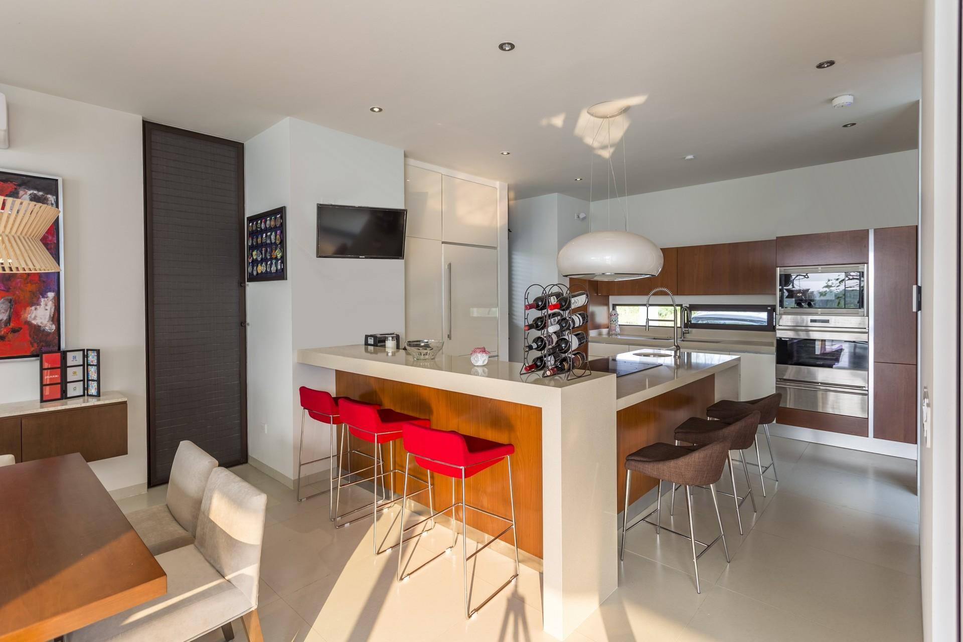 Modern Eco-friendly House (5)