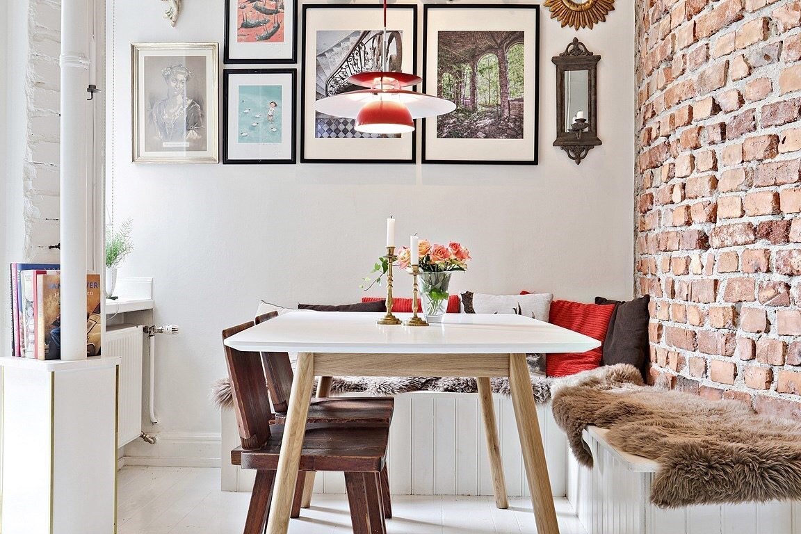 Eclectic Scandinavian Apartment-breakfast table