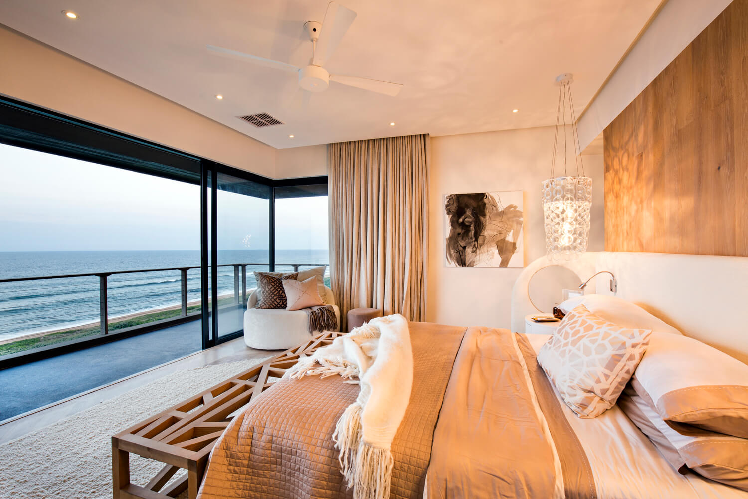 Reserve-House-bedroom with ocean view