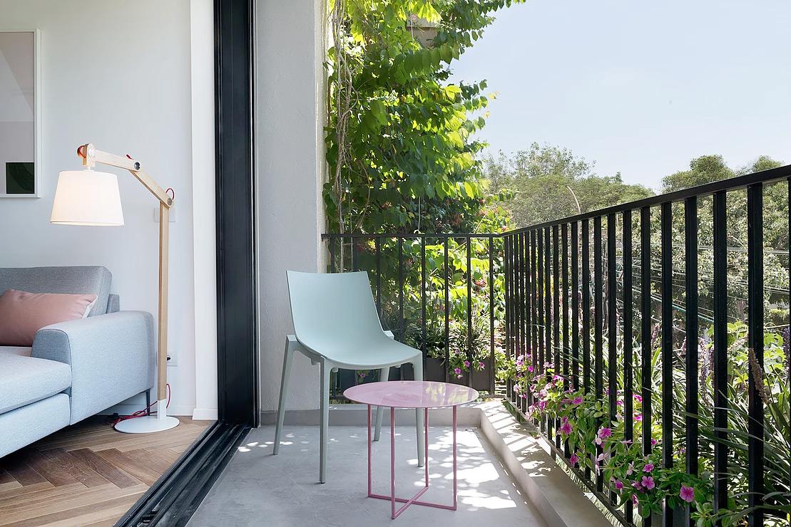 Urban apartment-small balcony