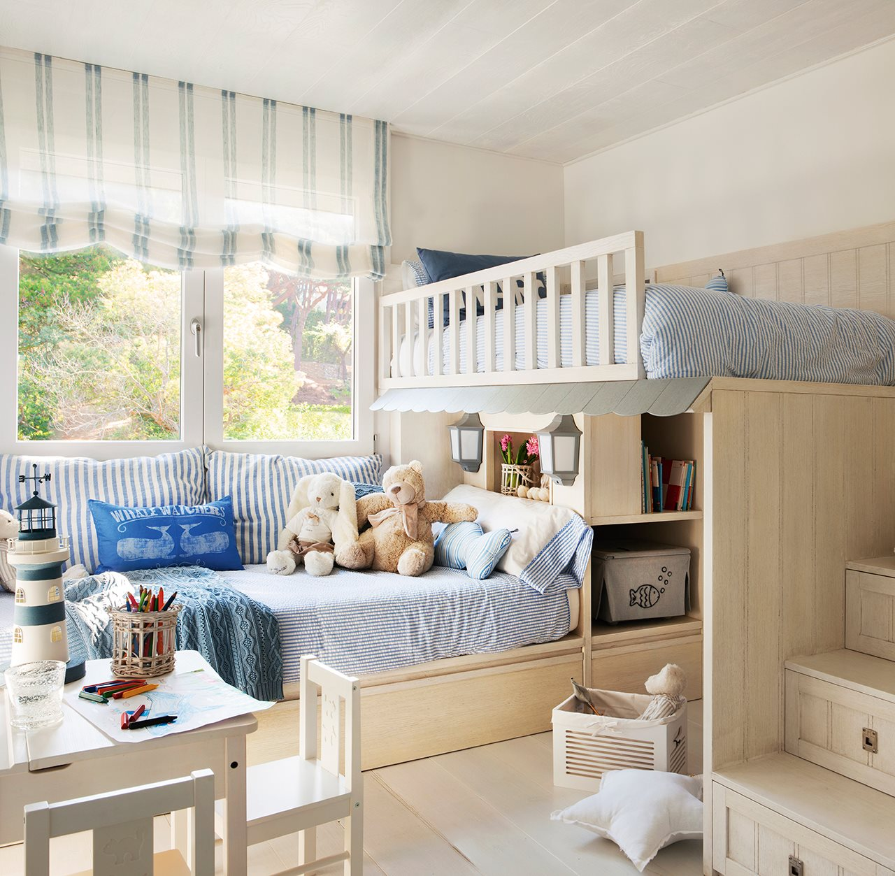 Coastal style kids room