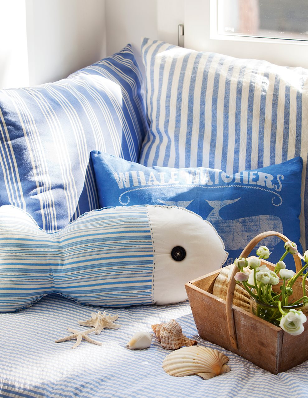 Kids room coastal decoration