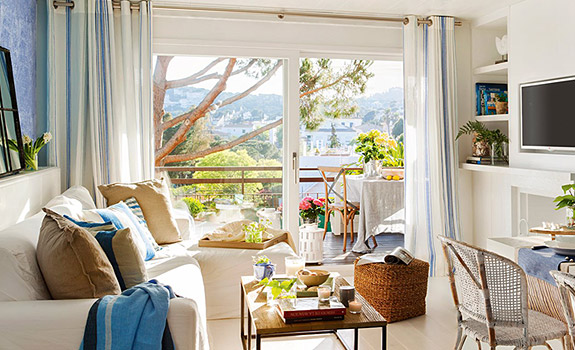 Coastal interior design Adorable Home