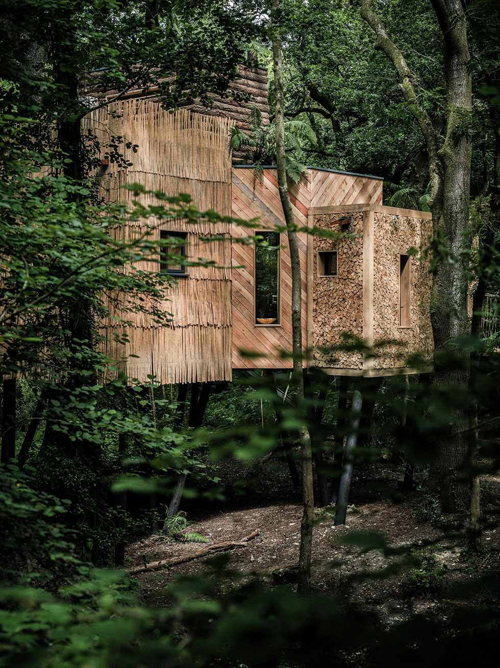 A Luxury Tree House Nestled In Nature Adorable Home