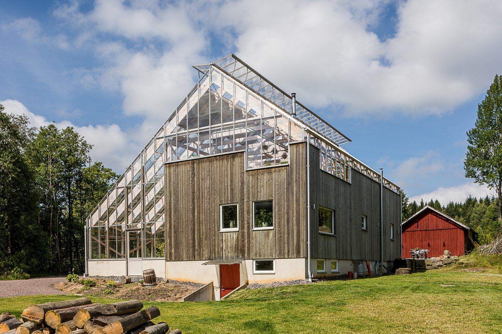 Eco-Luxury Greenhouse Home