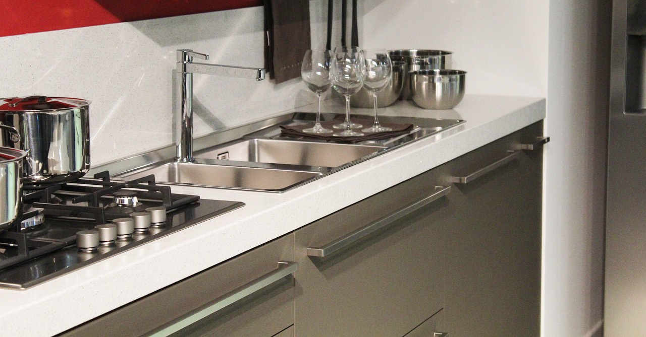 Kitchen sink with two basins