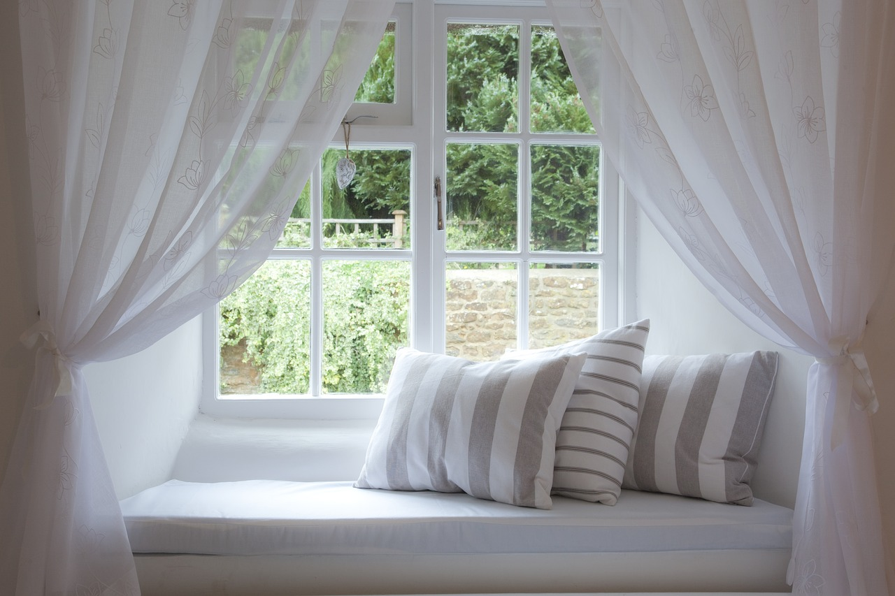 Beautiful Window Decorations For Summer Adorable Home