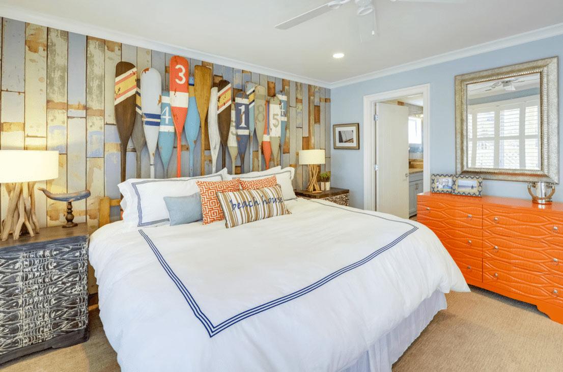 DIY Beach Inspired Home Décor-Oars Headboard