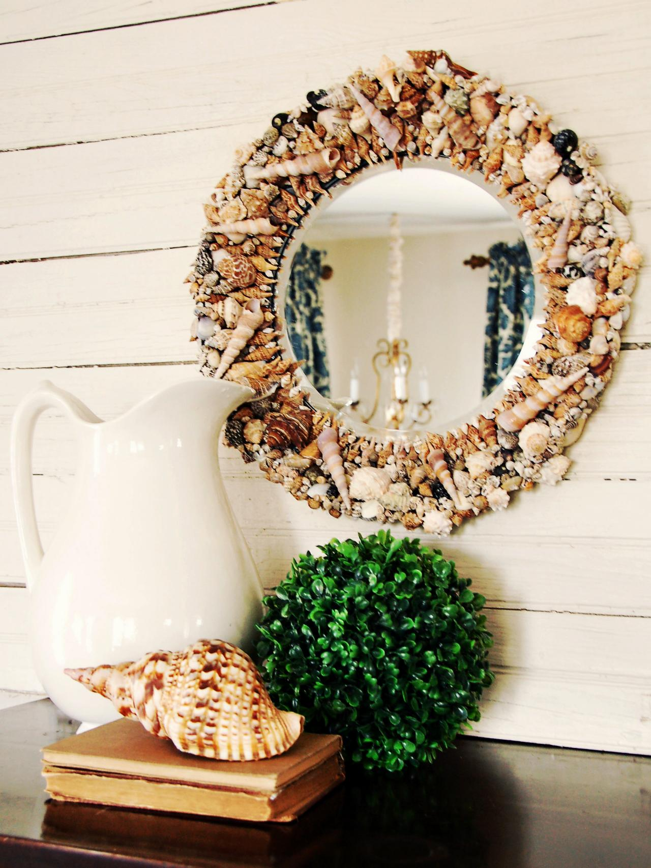 DIY Beach Inspired Home Décor-Seashell Mirror