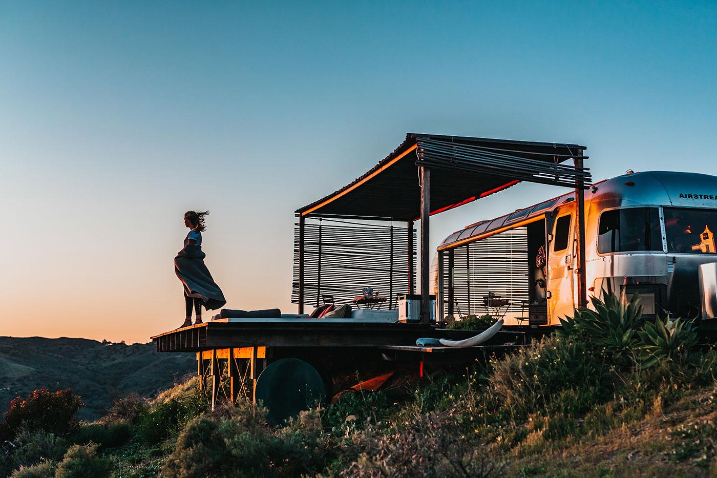 Small trailer home