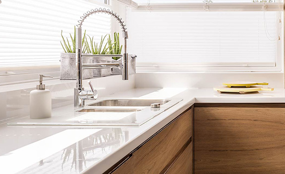 How to Choose the Perfect Commercial Style Faucets