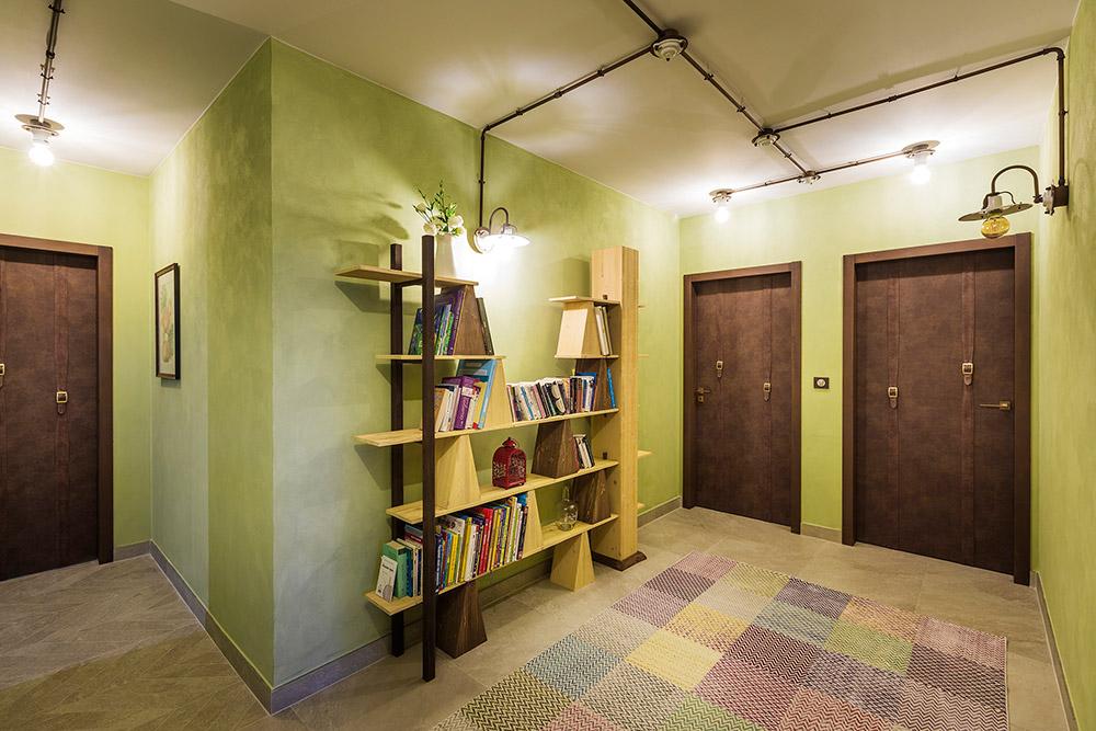 Apartment entrance hall