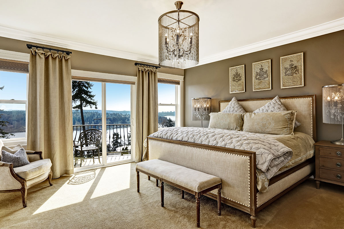 Glamorous bedroom with a view
